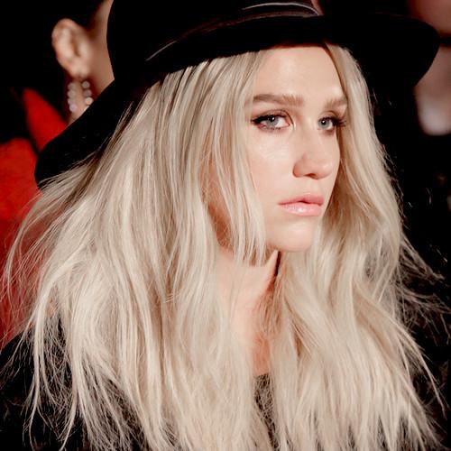 Kesha - Booty Call - Kesha - Booty Call