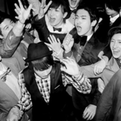 Super Junior 슈퍼주니어_Mr.Simple_MUSICVIDEO - Super Junior 슈퍼주니어_Mr.Simple_MUSICVIDEO