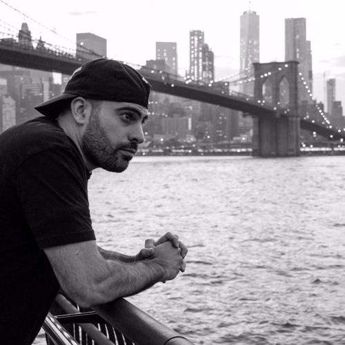 DJ Skizz ft. Nutso & Timeless Truth Santo Remedio - Skizz