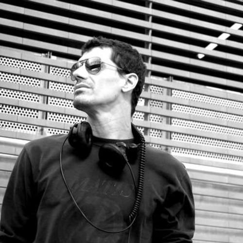 La Trompette (Club Mix) - Gary Caos & Rico Bernasconi feat. In-Grid