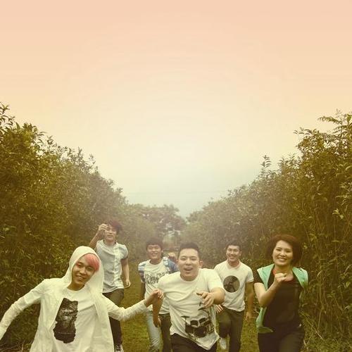 蘇打綠 sodagreen feat. Ella -【你被寫在我的歌裡】Official Music Video - 蘇打綠 sodagreen feat. Ella -【你被寫在我的歌裡】Official Music Video