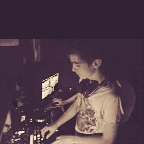 벨소리 DJ Volkan Uca, Merih Gurluk - Istanbul  (Paul.B & Loco Balti - Paul B Andrei