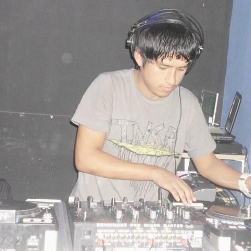 벨소리 DJ MAYKOL ZVR - CHIMBOTE PERÚ