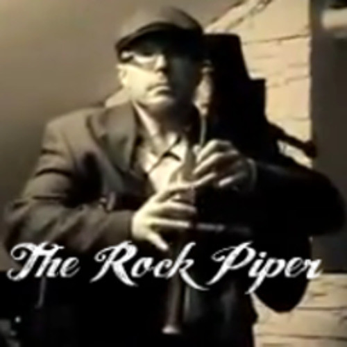 Auld Lang Syne (Studio Rock Version) - The Rock Piper